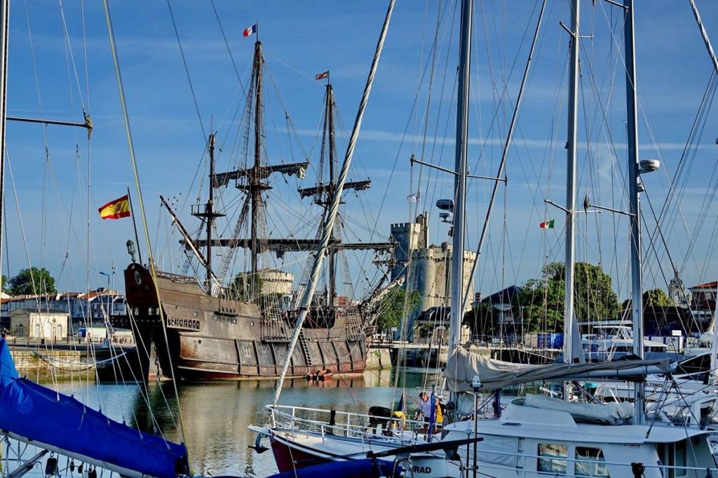 [Vie des Ports ] Port de La Rochelle  Ile_d116