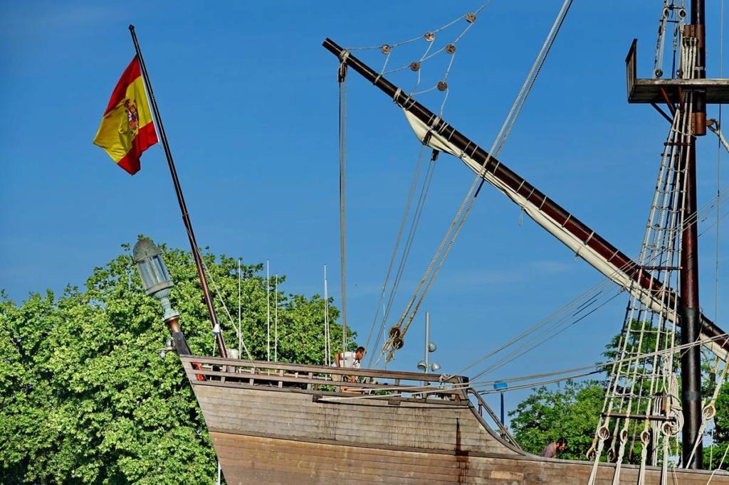 [Vie des Ports ] Port de La Rochelle  Ile_d125