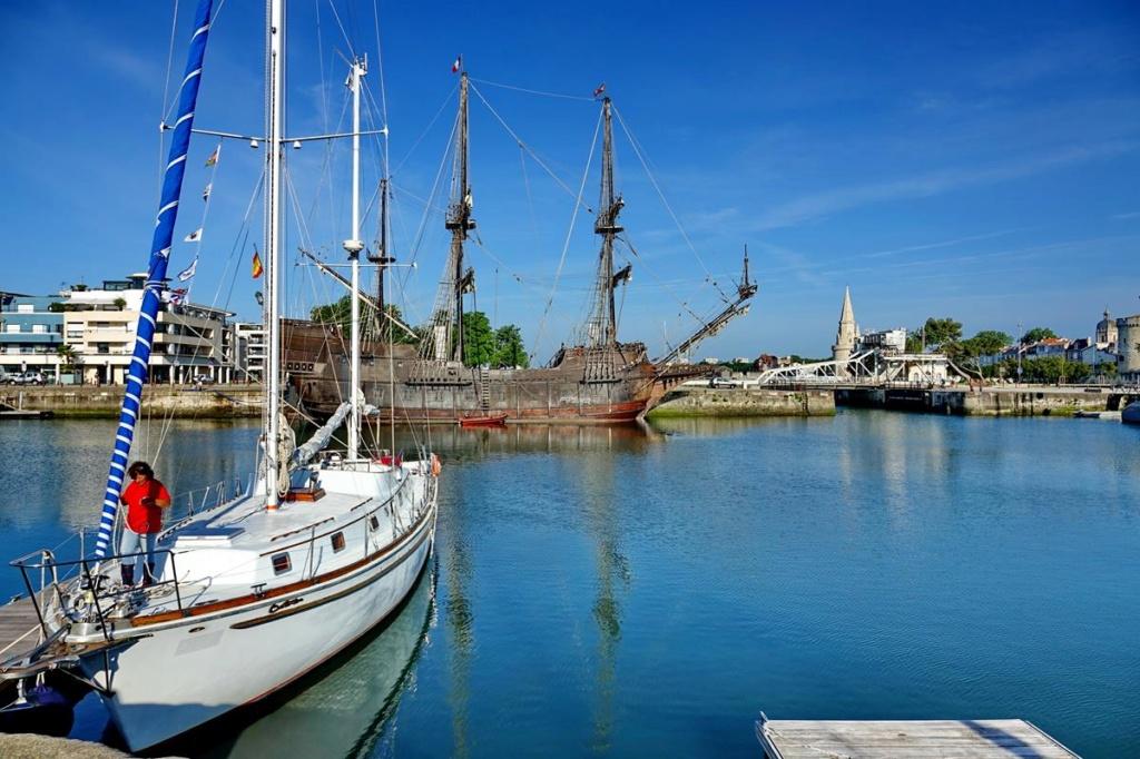 [Vie des Ports ] Port de La Rochelle  Ile_d146