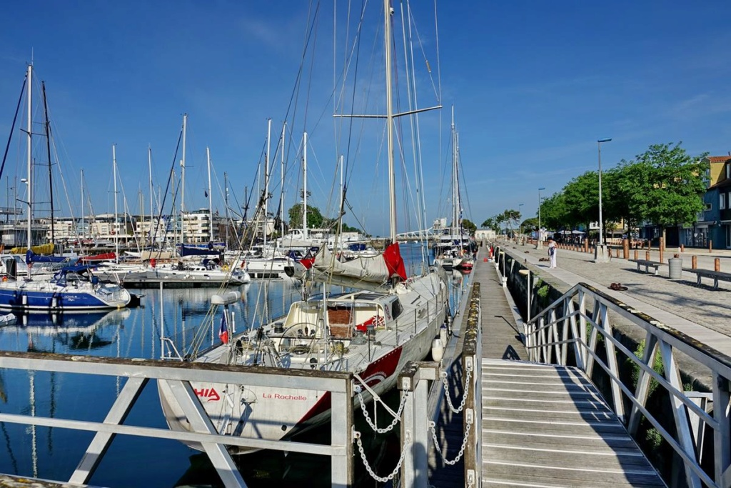 [Vie des Ports ] Port de La Rochelle  Ile_d158