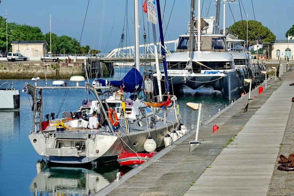 [Vie des Ports ] Port de La Rochelle  Ile_d161