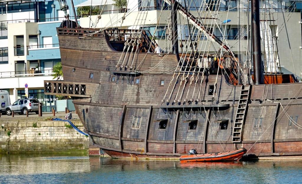 [Vie des Ports ] Port de La Rochelle  Ile_d172