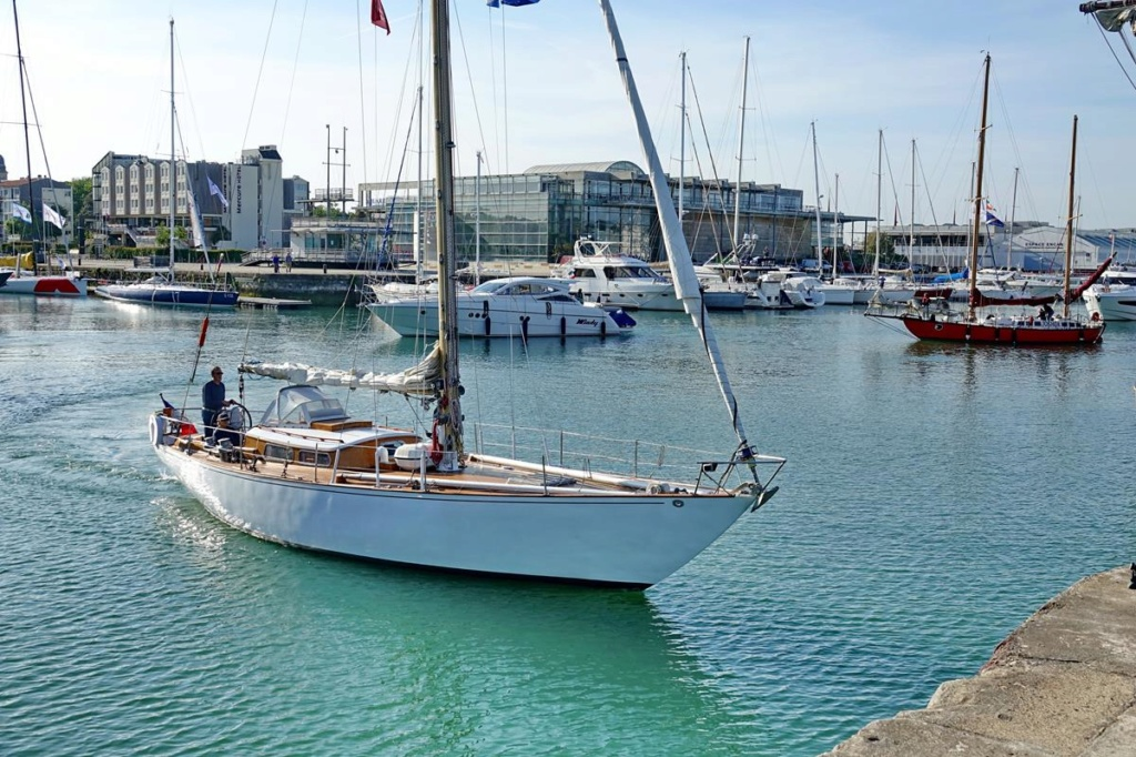 [Vie des Ports ] Port de La Rochelle  Ile_d239