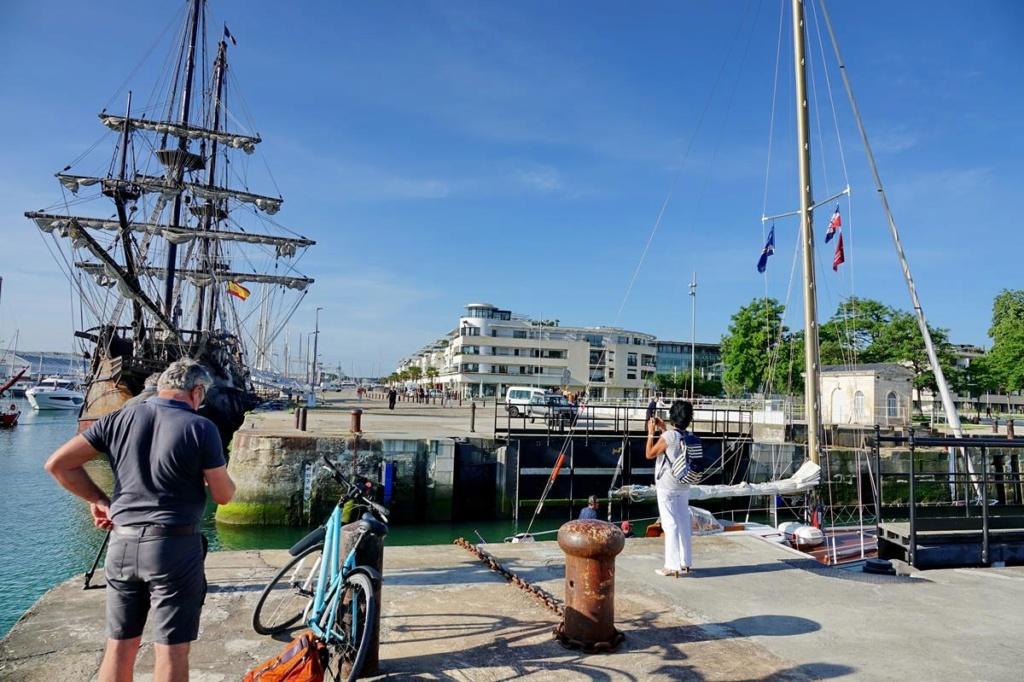 [Vie des Ports ] Port de La Rochelle  Ile_d242