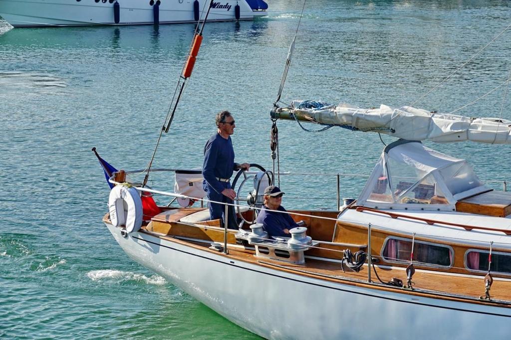 [Vie des Ports ] Port de La Rochelle  Ile_d243
