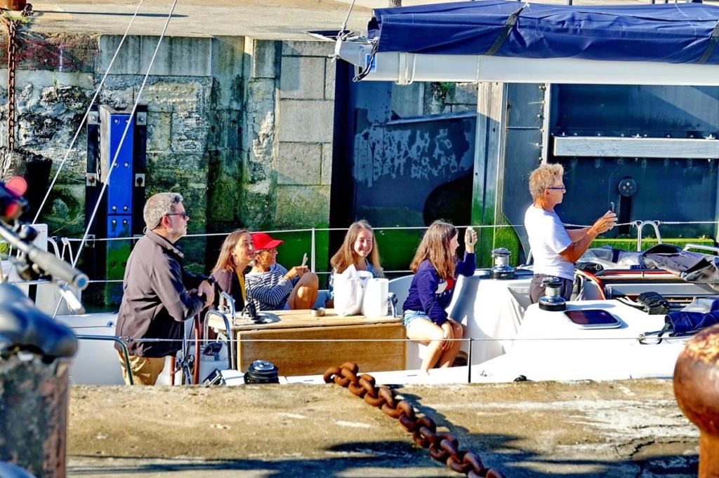 [Vie des Ports ] Port de La Rochelle  Ile_d247