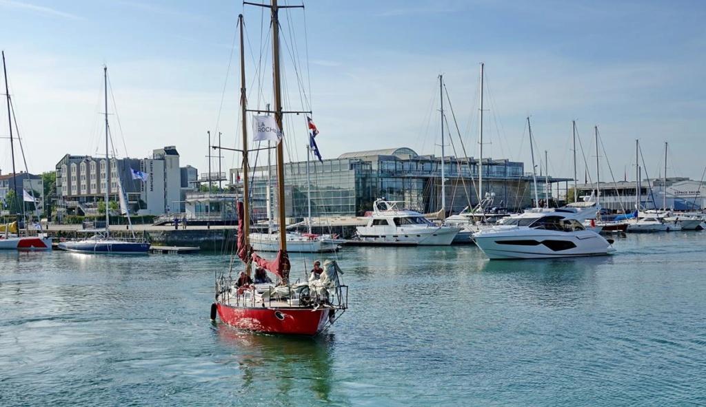 [Vie des Ports ] Port de La Rochelle  Ile_d250