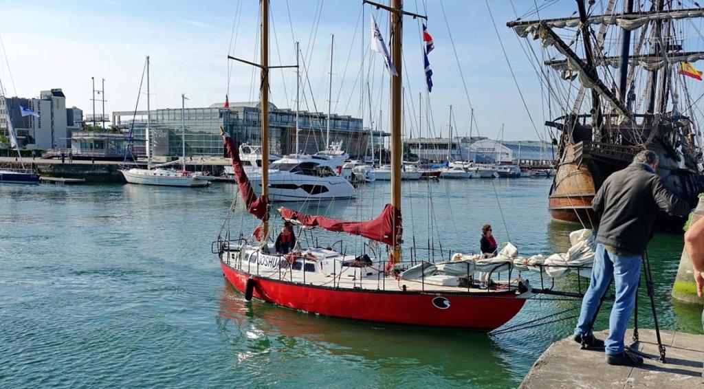 [Vie des Ports ] Port de La Rochelle  Ile_d251