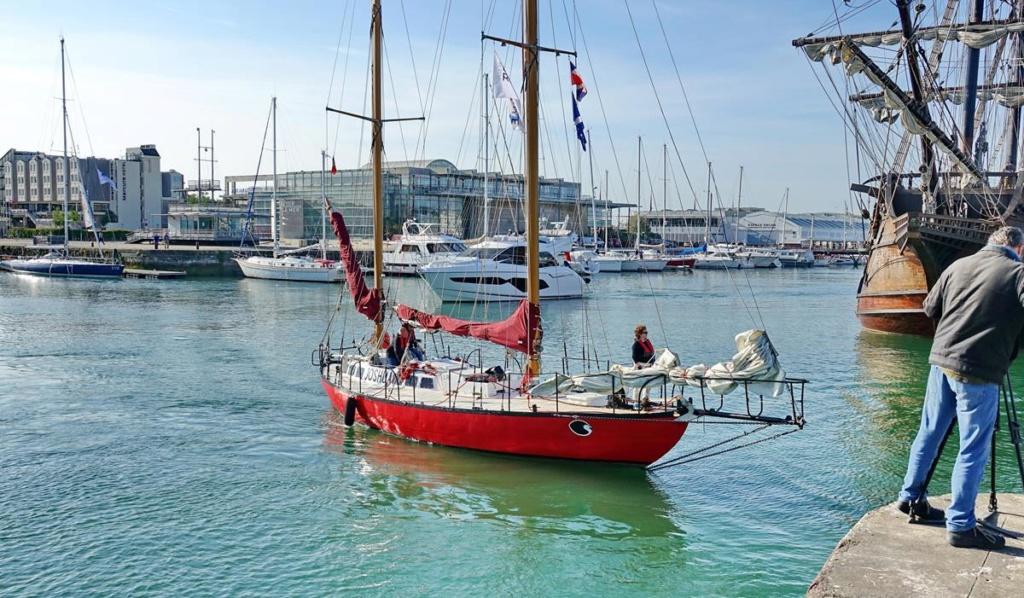 [Vie des Ports ] Port de La Rochelle  Ile_d252