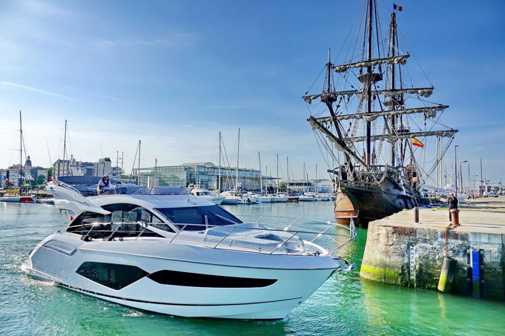 [Vie des Ports ] Port de La Rochelle  Ile_d281