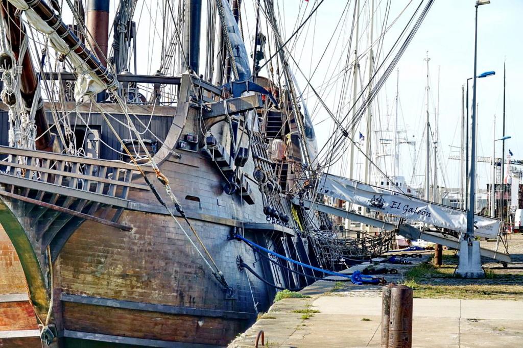 [Vie des Ports ] Port de La Rochelle  Ile_d282