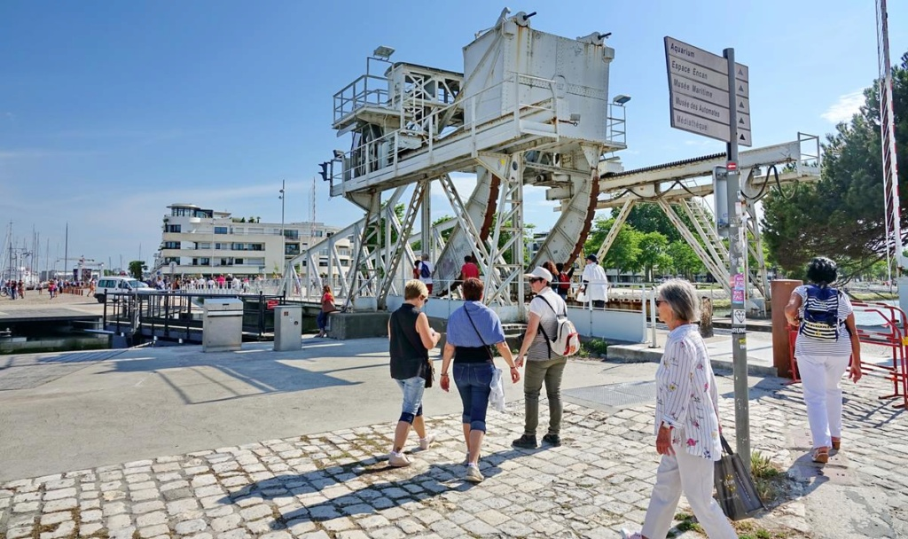 [Vie des Ports ] Port de La Rochelle  - Page 2 Ile_d416
