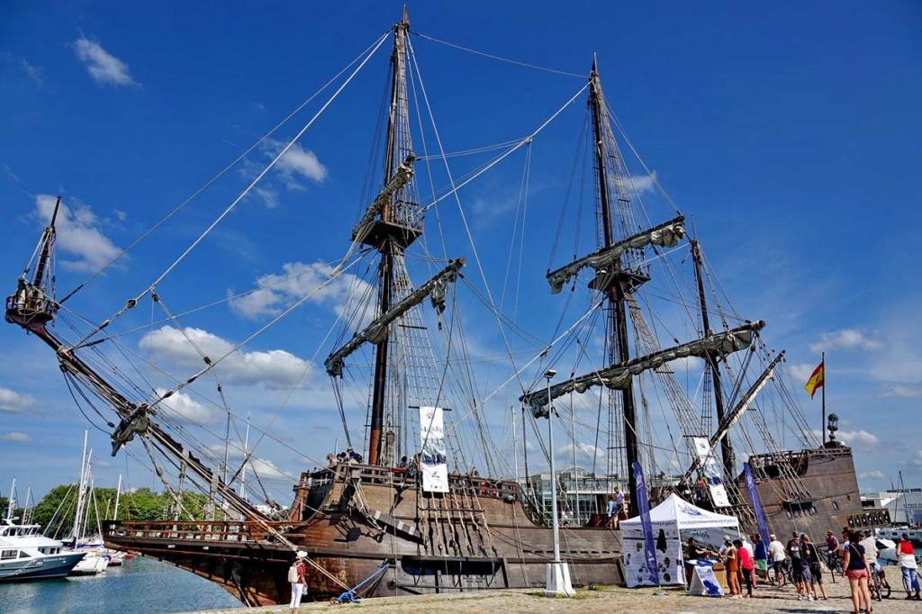 [Vie des Ports ] Port de La Rochelle  - Page 2 Ile_d420