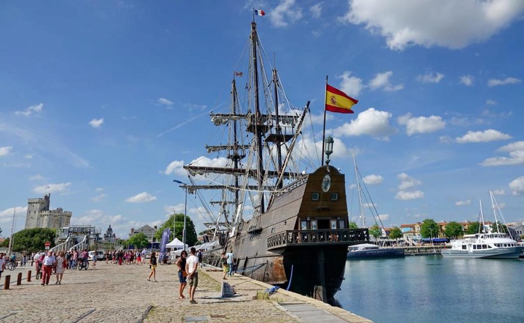 [Vie des Ports ] Port de La Rochelle  - Page 2 Ile_d453