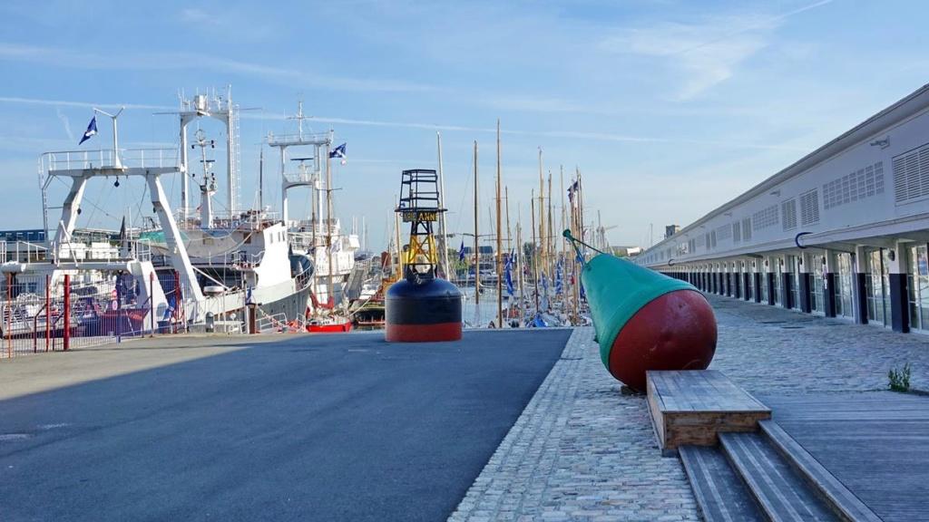 [Vie des Ports ] Port de La Rochelle  Ile_d_13