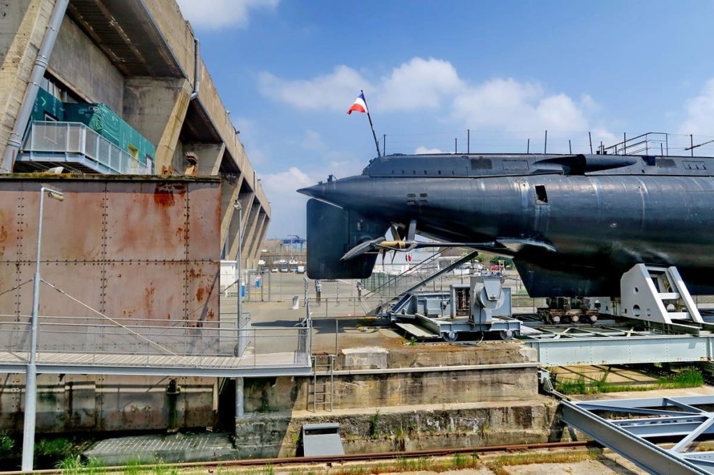 [Les ports militaires de métropole] Port de LORIENT - Page 5 Lorie113