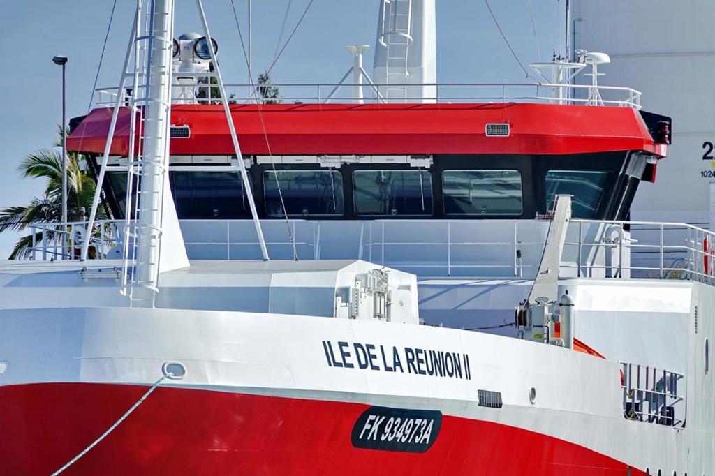 [Vie des ports] Les ports de la Réunion - Page 14 Port_138