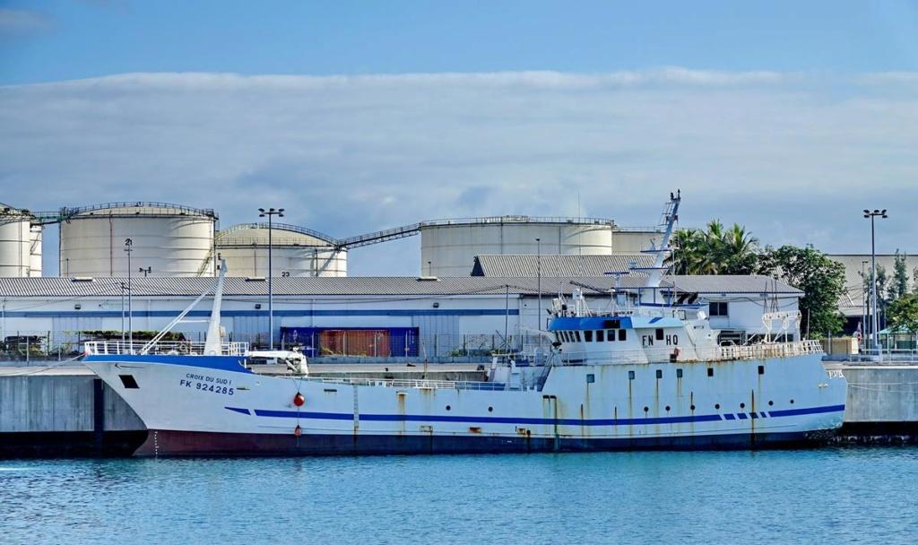 [Vie des ports] Les ports de la Réunion - Page 14 Port_139