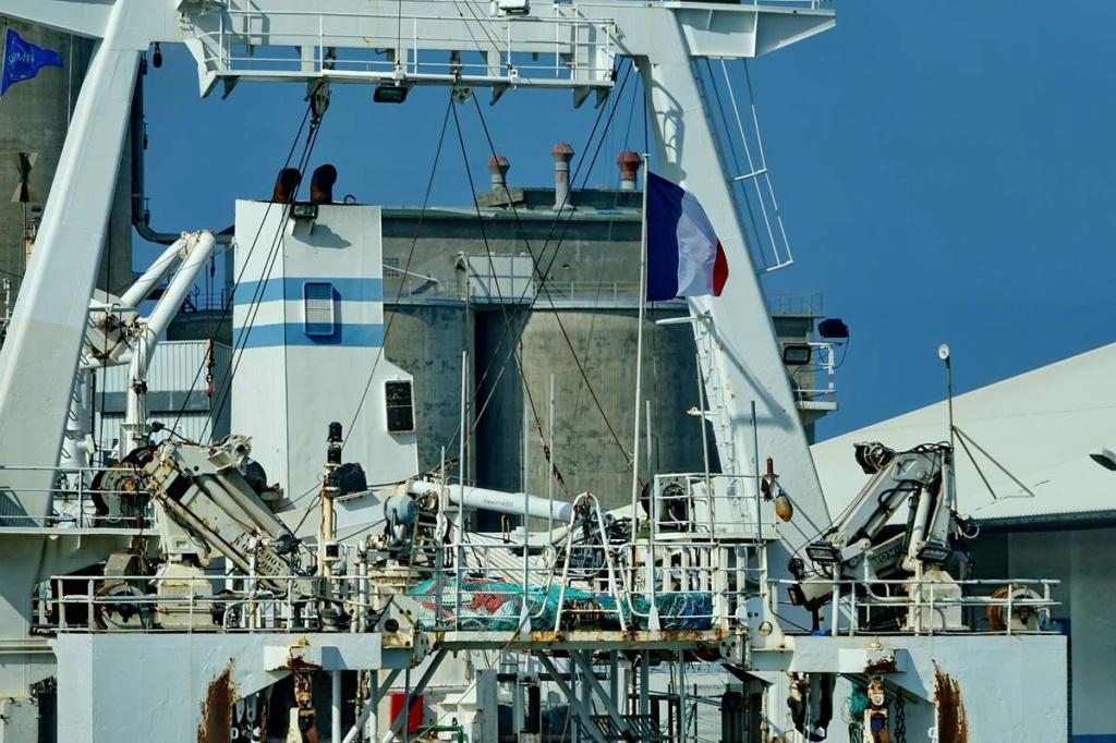 [Vie des ports] Les ports de la Réunion - Page 14 Port_269
