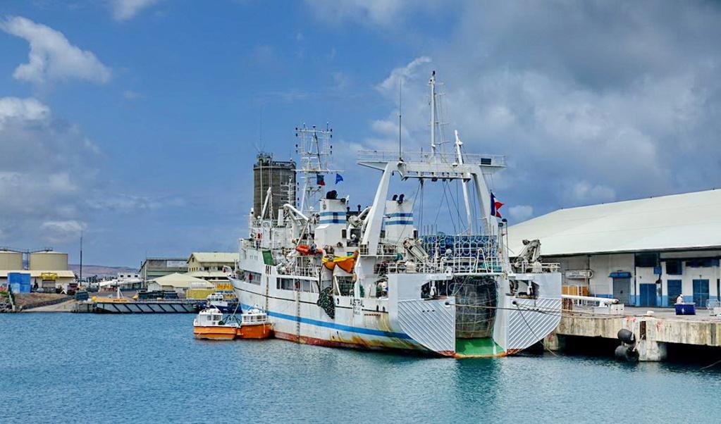 [Vie des ports] Les ports de la Réunion - Page 14 Port_279