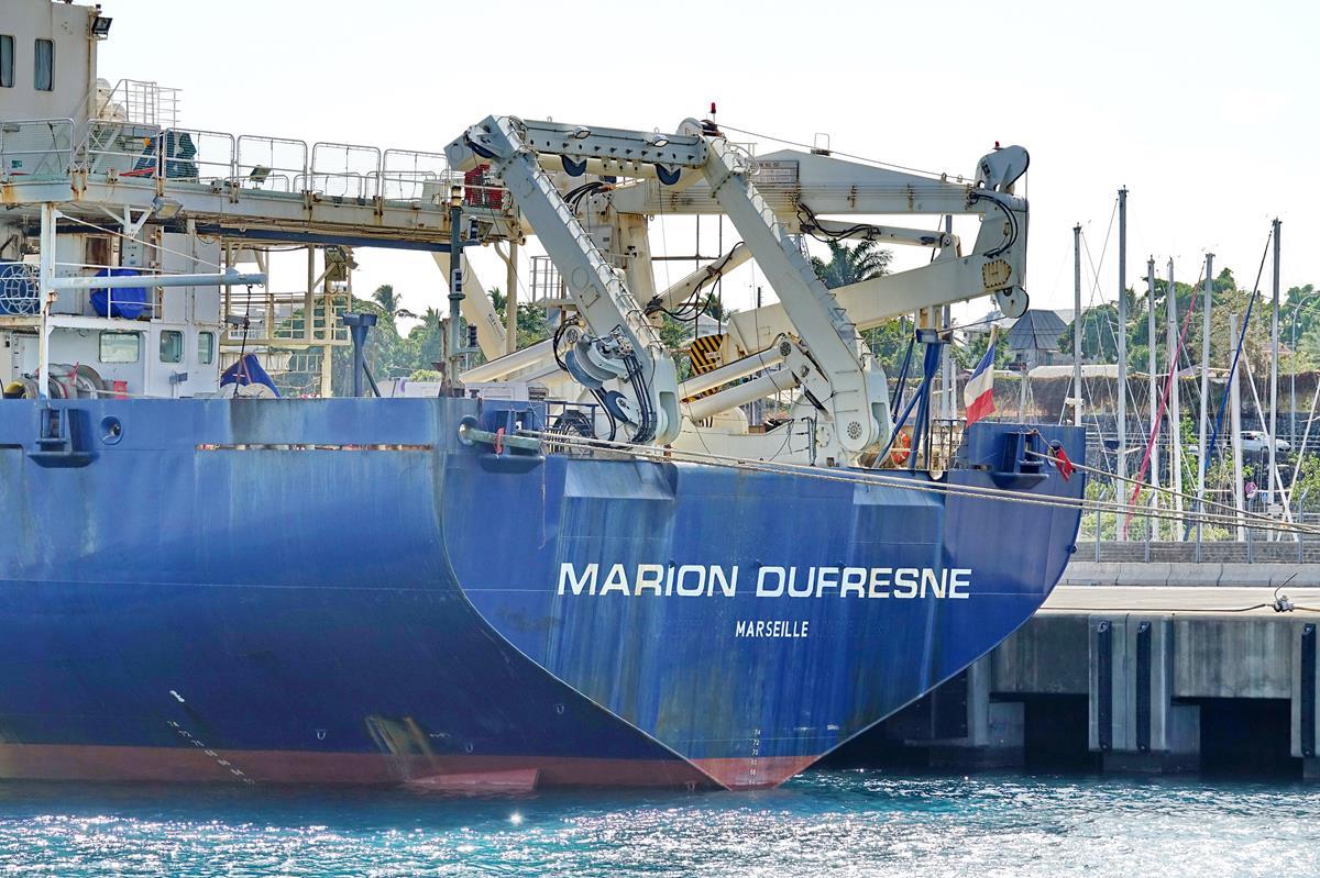 [Vie des ports] Les ports de la Réunion - Page 15 Port_680