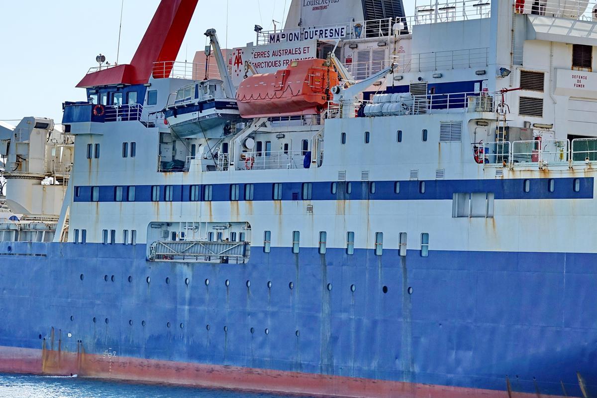 [Vie des ports] Les ports de la Réunion - Page 15 Port_689