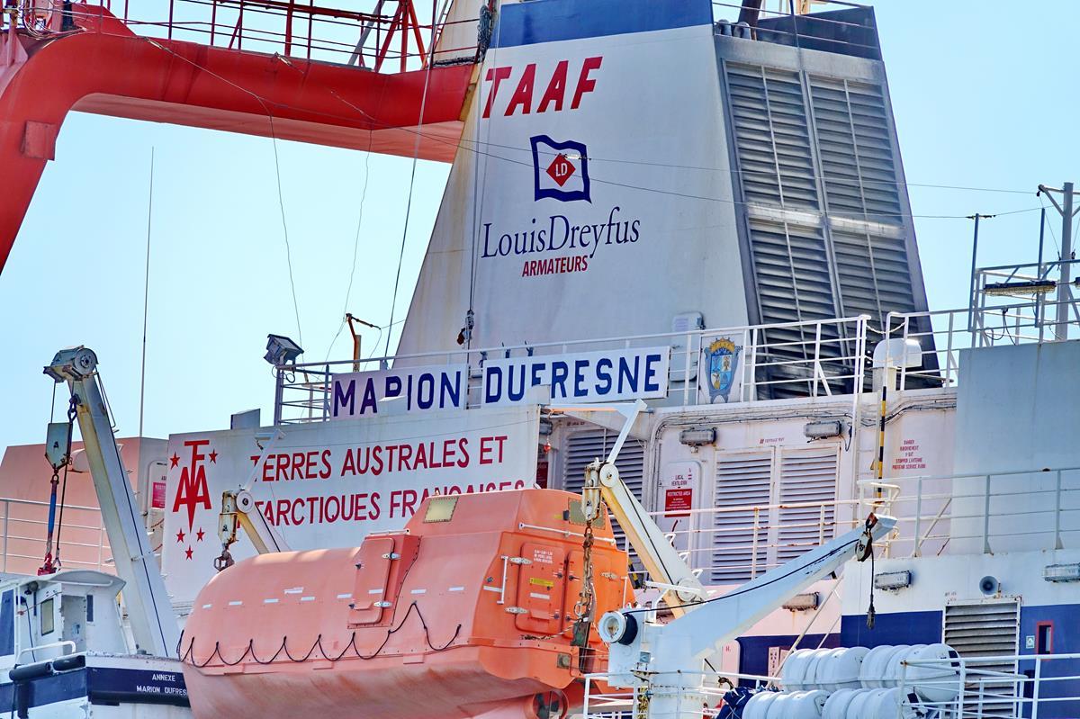 [Vie des ports] Les ports de la Réunion - Page 15 Port_691