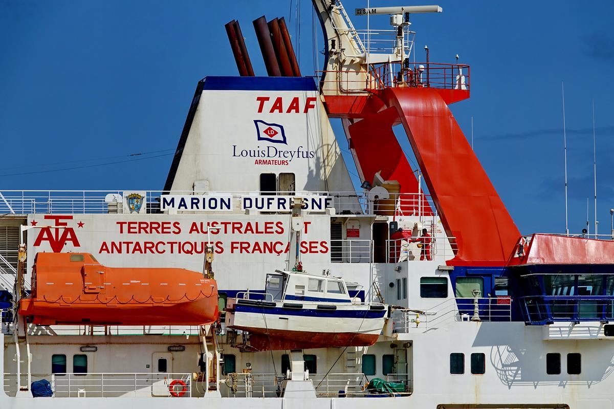 [Vie des ports] Les ports de la Réunion - Page 15 Port_714