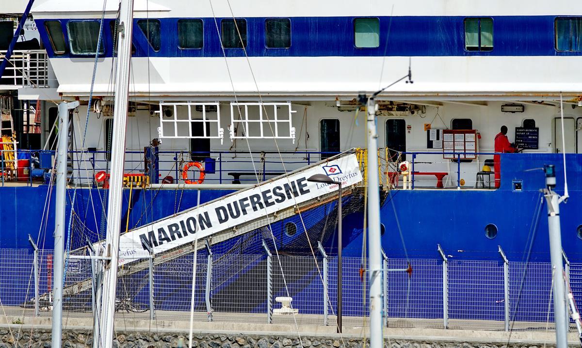 [Vie des ports] Les ports de la Réunion - Page 15 Port_718