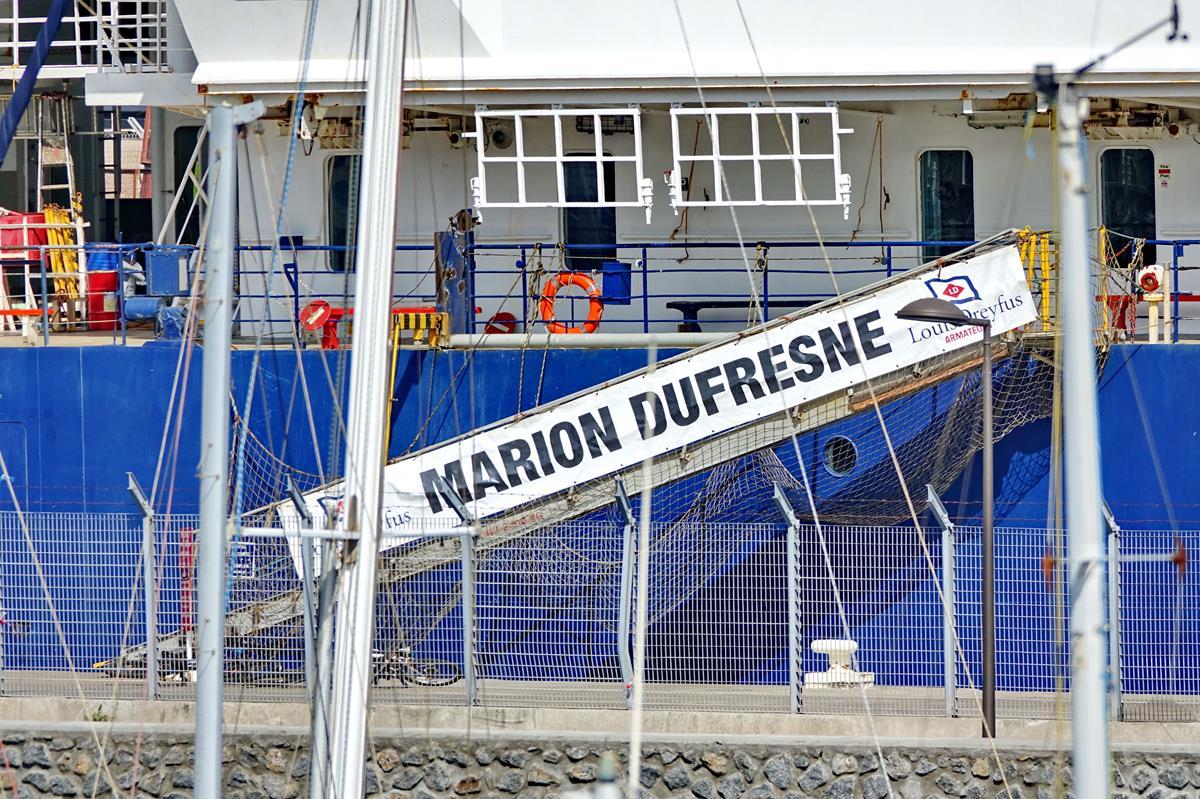 [Vie des ports] Les ports de la Réunion - Page 15 Port_721