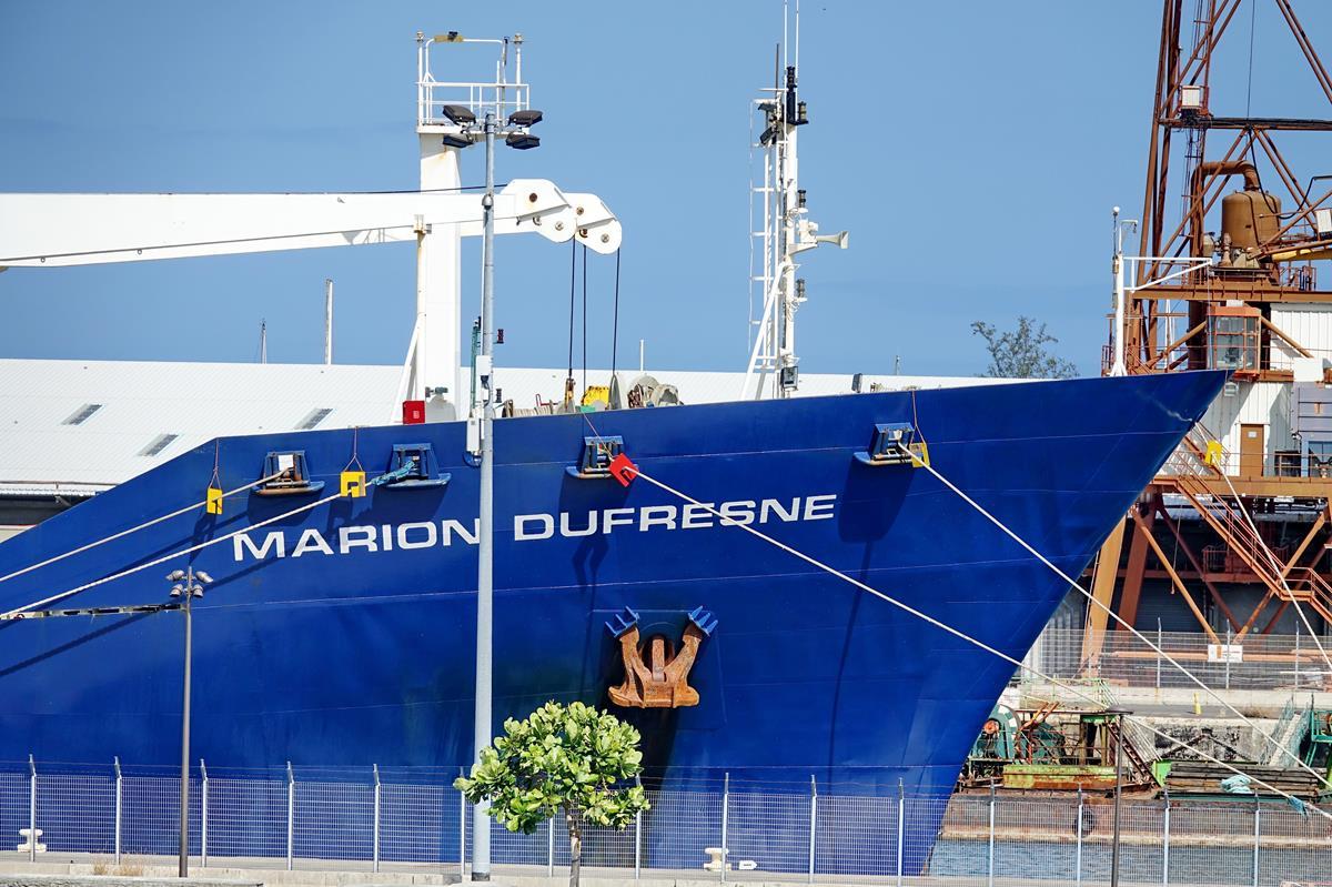 [Vie des ports] Les ports de la Réunion - Page 15 Port_722