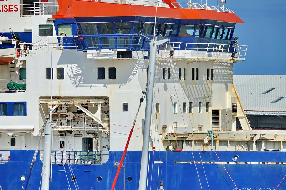 [Vie des ports] Les ports de la Réunion - Page 15 Port_724