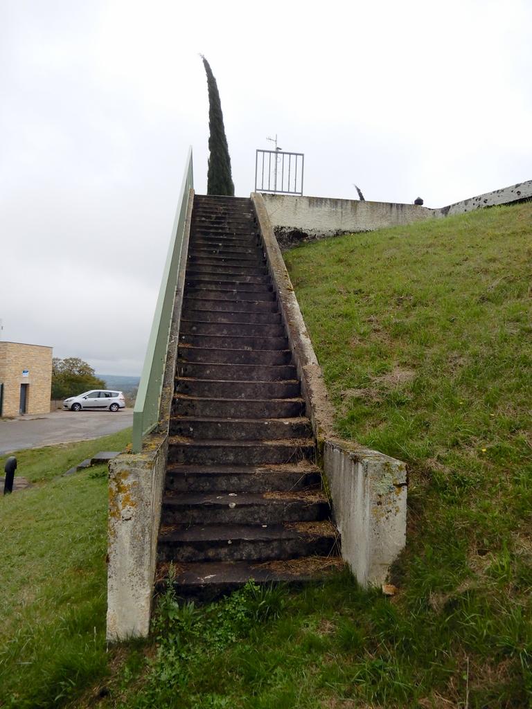 [ Histoires et histoire ] Monuments aux morts originaux Français Tome 2 - Page 13 C_est_72