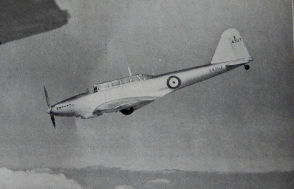 [ Aéronavale divers ] Quel est cet aéronef ? - Page 30 L_illu65