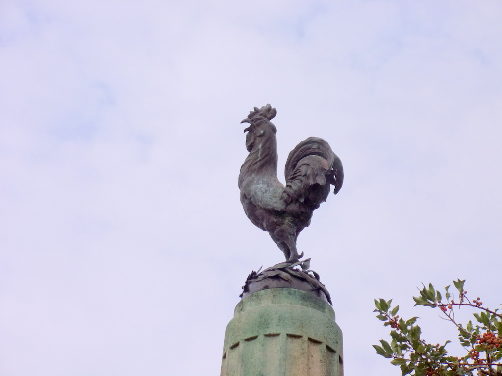 [ Histoires et histoire ] Monuments aux morts originaux Français Tome 2 - Page 13 Le_pes24