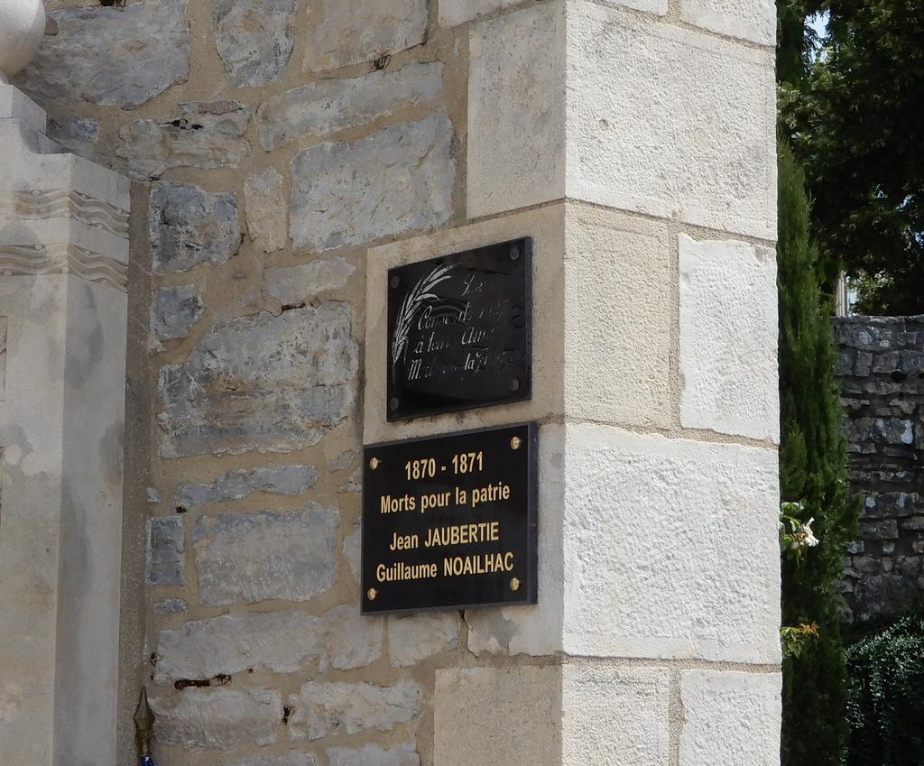 [ Histoires et histoire ] Monuments aux morts originaux Français Tome 2 - Page 23 Monume23
