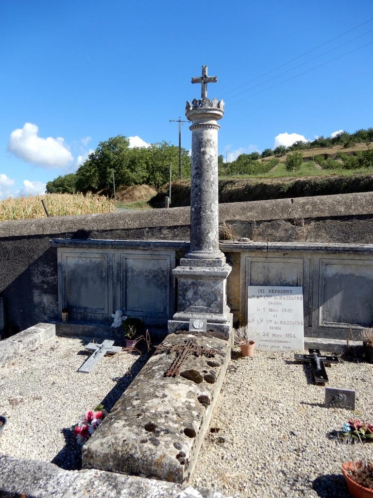 [ Histoires et histoire ] Monuments aux morts originaux Français Tome 2 - Page 18 Solei196