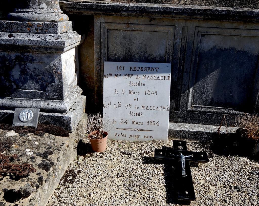 [ Histoires et histoire ] Monuments aux morts originaux Français Tome 2 - Page 18 Solei197