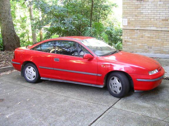 Une sorte d'Opel que je connais pas  22047910