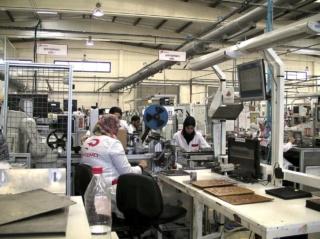 مصنع اسباني متخصص في صناعة المكونات الكهرومغناطيسية للسيارات تشغيل 50 عامل و عاملة Aa_oao15
