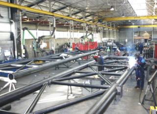 شركة للتجهيزات و الصناعة المعدنية توظيف 12 عون صيانة و 04 تقنيين Ao_aao14