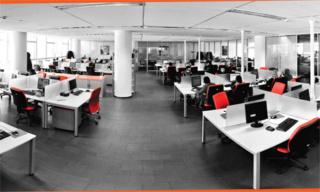 شركة لمجموعة فرنسية للخدمات الرقمية و إدارة علاقات العملاء توظيف 20 تقني بعقد عمل دائم Ao_aay11