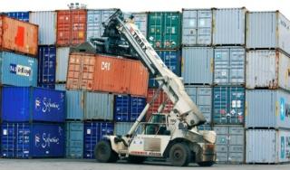 شركة خاصة توظيف 28 اجير حمال حاصل على دبلوم مع رخصة السياقة B للعمل بميناء طنجة بعقد عمل CDI Ao_yo_10