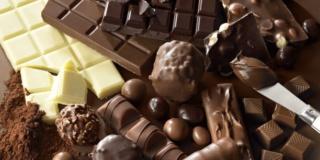 متجر فاخر متخصص في الشوكولاتة توظيف 10 مناصب في مجال البيع و الخدمات اللوجستية و التخزين Aoy_ay10