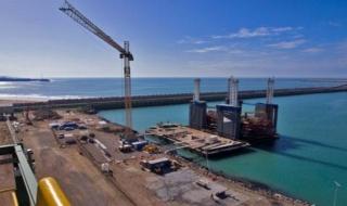 شركة عالمية متخصصة في مشاريع انشاءات البحرية و الميناء توظيف 40 منصب تقنيين و عمال و اطر بمدينة العيون  Archir10