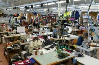 شركة لصناعة النسيج و الملابس بالعرائش اعلان عن تشغيل 185 منصب في عدة وظائف و بعقود عمل مختلفة  Confec10