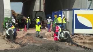 شركة للاشغال العمومية و البناء توظيف 03 تقنيين و 05 عمال و 01 عون اداري Genera11