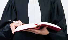 وزارة العدل : إجراء الامتحان الخاص بمنح شهادة الأهلية لمزاولة مهنة المحاماة لسنة 2019التسجيل الإلكتروني قبل 22 يناير و ارسال ملف الترشيح قبل  28 يناير 2019 Iye_aa10