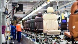 مصنع LAMINATION AUTOMOTIVE FABRICS يريد تشغيل 80 عامل و عاملة  Lamina10