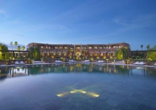 فندق خمس نجوم - مندرين اورينتال مراكش : توظيف و تشغيل شباب في العديد من الوظائف الفندقية و التقنية و التجارية  Mandar10